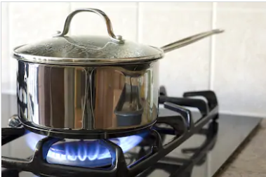 cooker hob saucepan